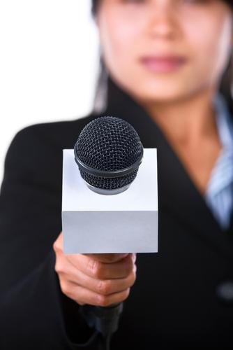 female-news-reporter